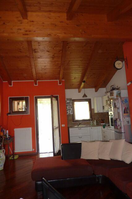 Vendita appartamento sant angelo in lizzola italcase for Arredamento per agenzia immobiliare